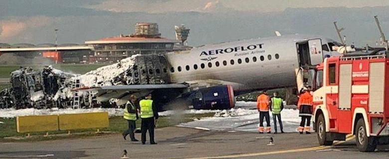Авиаэксперт поделился мнением о причинах катастрофы в Шереметьево