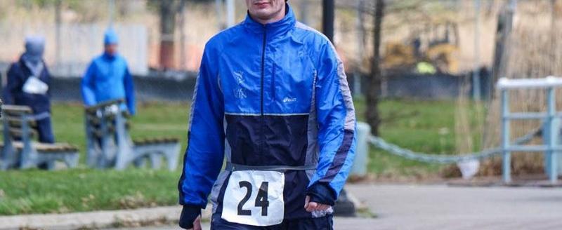 Череповецкий металлург Сергей Рябиков пробежал в Нью-Йорке 700 км