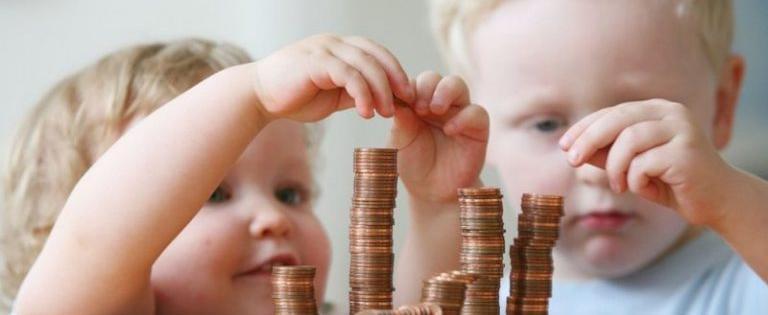 Детские пособия с сегодняшнего дня можно получить без прописки