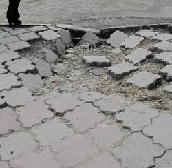 На ремонт тротуаров в Саратове требуется 2,5 млрд рублей