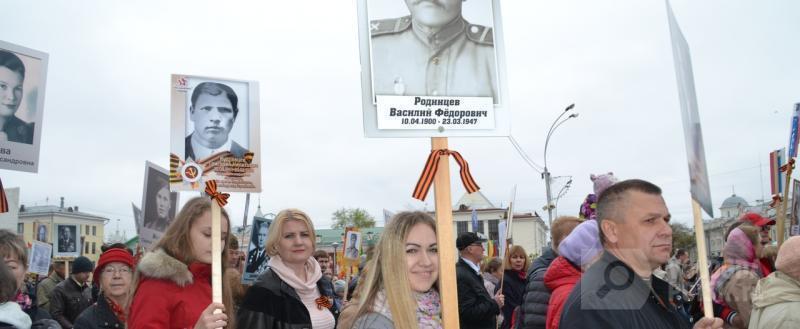 Колонна «Бессмертного полка» торжественным маршем прошла по улицам Вологды