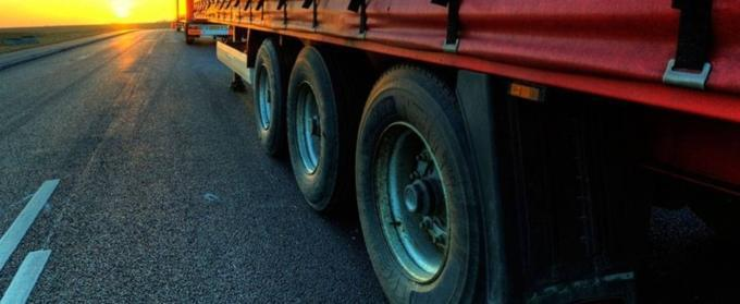В России с 20 мая в дневное время решено ограничить движение грузовиков