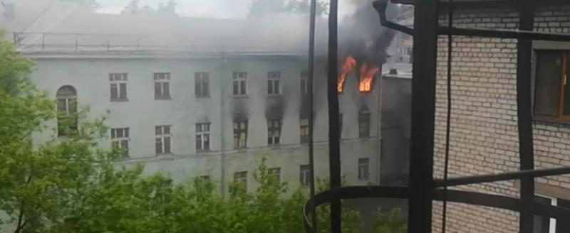 Версия поджога училища в Череповце: дети развлекались
