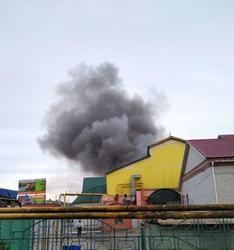 В центре Энгельса горит рынок
