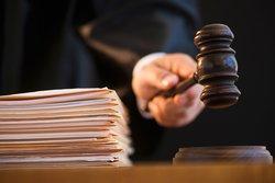 Осужден бизнесмен, давший взятку чиновнику облправительства