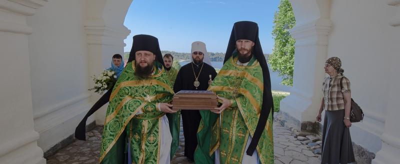 В Ферапонтов монастырь навсегда доставили мощи преподобного основателя обители