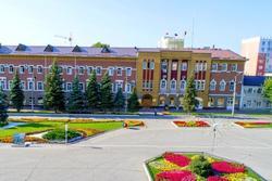 Из администрации Энгельсского района уволены двое заместителей главы