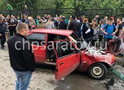 В Комсомольском подростки разбились на машине