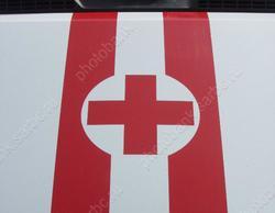 Ребенок в коляске пострадал от падения болгарки с крыши школы