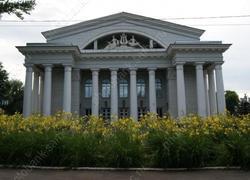 Благоустраивать сад Радищева будет московская фирма