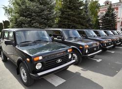 Поселковым администрациям переданы 23 новых машины