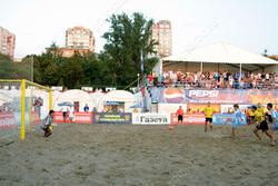 Пляжные футболисты проиграли дебютный матч Кубка России