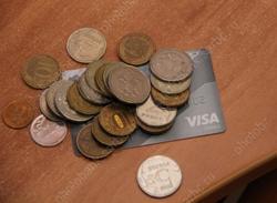 Два клиента банков потеряли 1,3 млн после общения с мошенниками