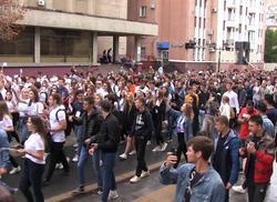 День знаний: парад первокурсников и транспортный коллапс. Видео