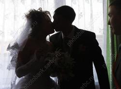 Саратовцам предлагают пожениться 31 декабря