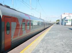 На ноябрьские праздники вводятся два дополнительных поезда в Москву