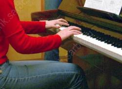 В область привезли 69 новых пианино