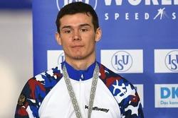 Конькобежец выиграл