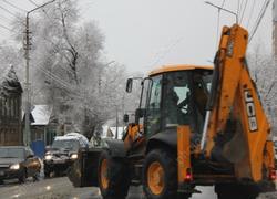 Прокуроры обнаружили нехватку техники для уборки снега и реагентов в Саратове