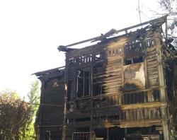 Мэрия распорядилась снести сгоревший и разваливающийся дома в центре Саратова