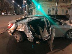 В ночных ДТП погибли двое мужчин